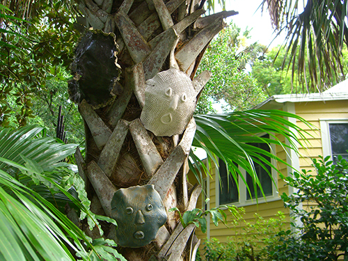 Masks on Tree Picture