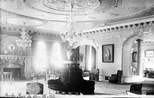 Hotel Ponce de Leon Parlor Photo