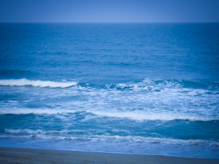 Picture of blue waves haiku in st augustine florida