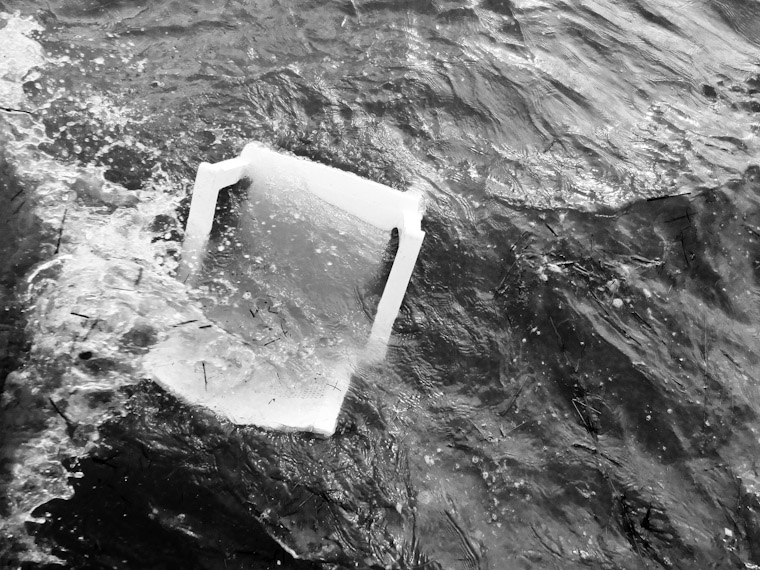 Picture of a chair overboard in St Augustine Florida
