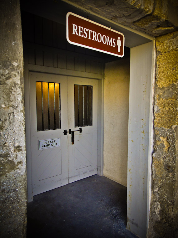 Photo of please keep out restrooms sign at Castillo de San Marcos