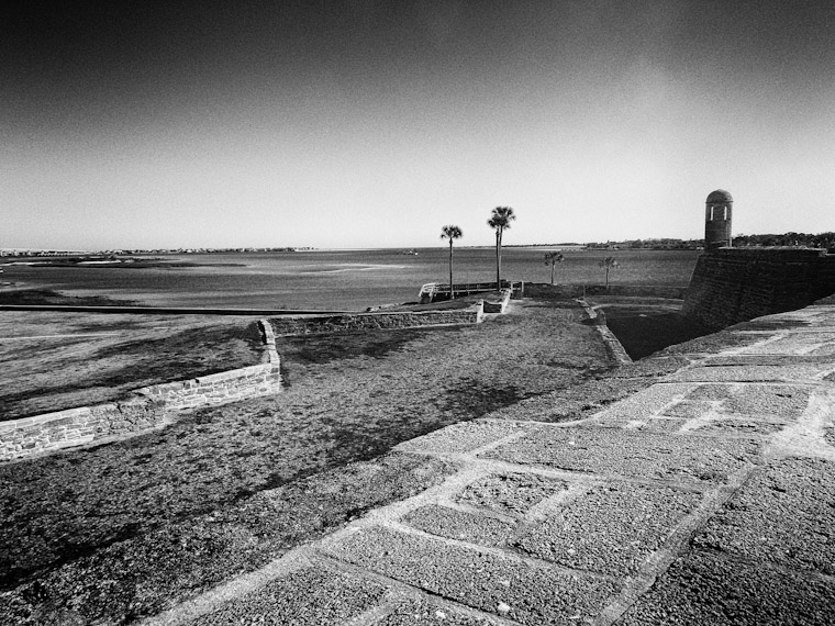 Picture of Castillo Zig Zag Walls in Saint Augustine Florida