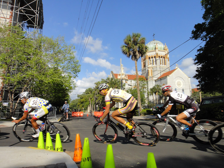 Picture of Velo Fest Old City Crit bike race