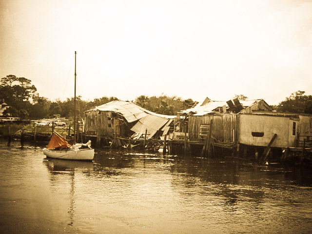 Picture of collapsed San Sebastian River building in Saint Augustine Florida