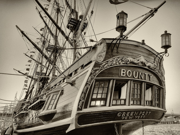 Picture of HMS Bounty's last day in St Augustine Florida