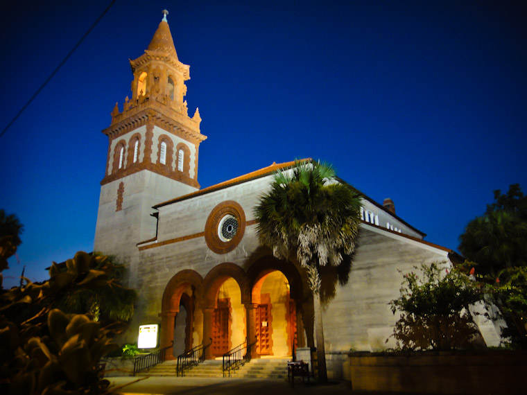Picture of Grace United Methodist Church at night