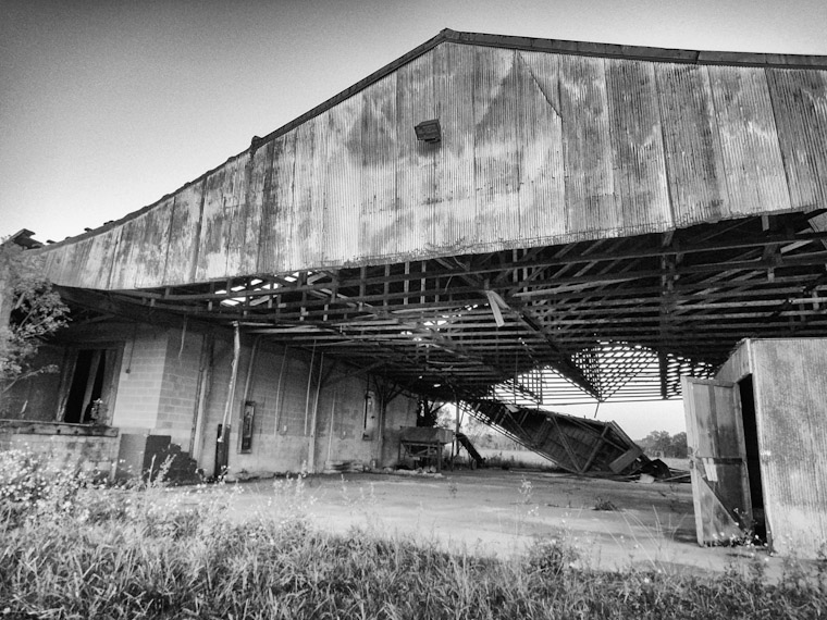 Old collapsing barn near hastings