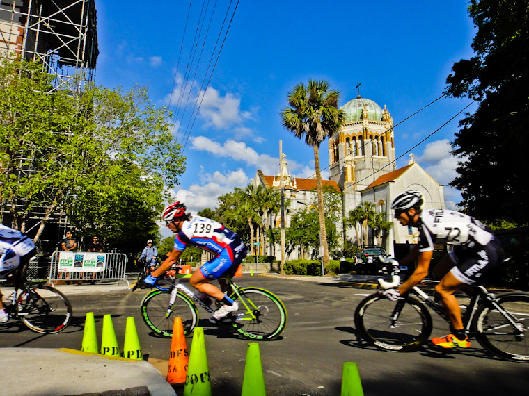 Velofest Crit Bike race at memorial presbyterian church