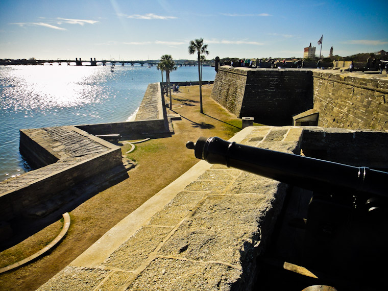 Castillo de san Marcos Fort Bayfront walls with bridge of lions
