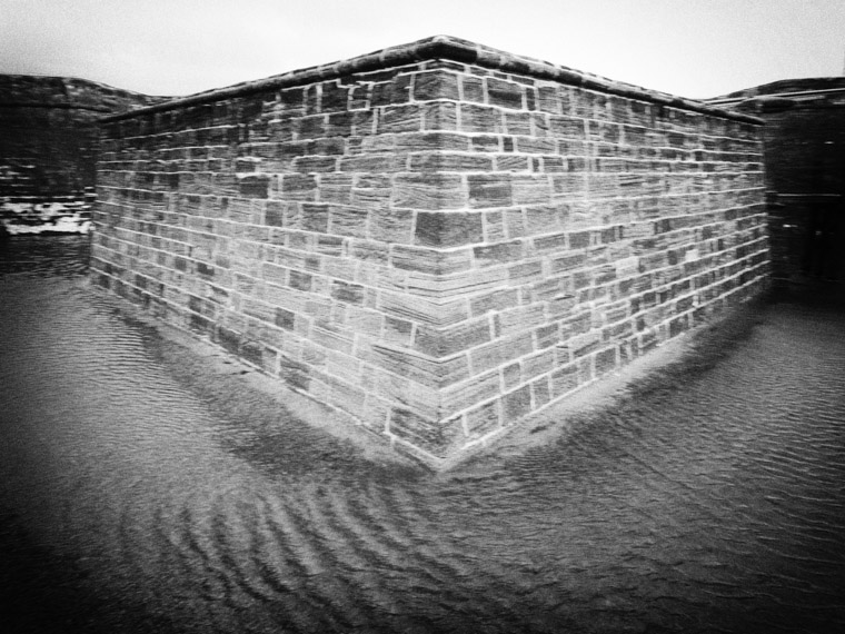 Pinhole camera fort castillo de san marcos photo