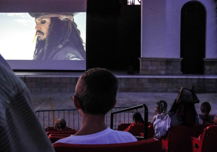 Jack Sparrow watching Pirates of the Caribbean at the Amphitheatre