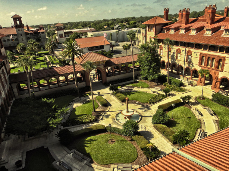 Flagler College Hotel Ponce de Leon Courtyard view