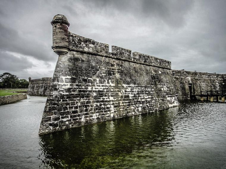 Castillo de san marcos fort moat