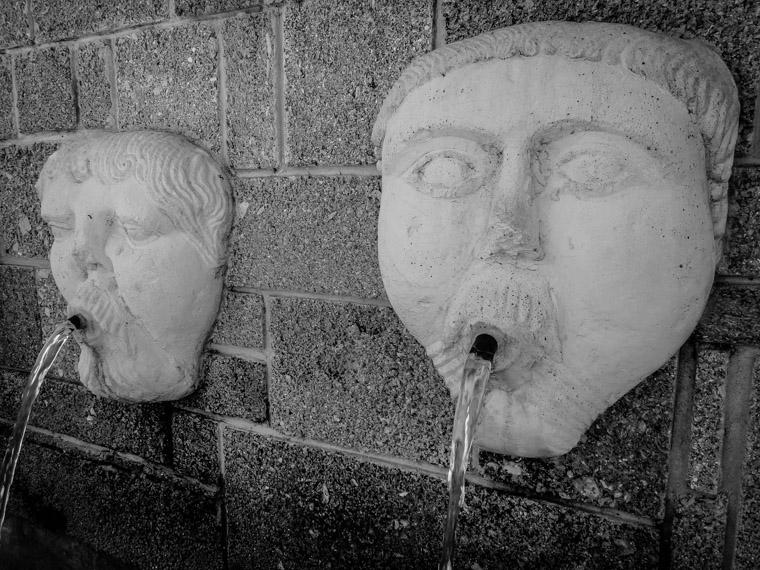 Fuente de los Canos de San Francisco Fountain from Aviles Spain