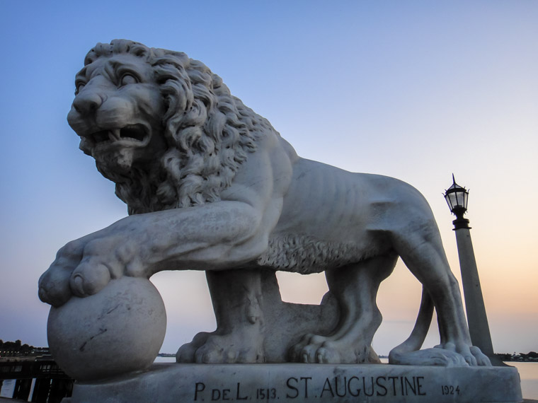Bridge of Lions sculpture at sunrise