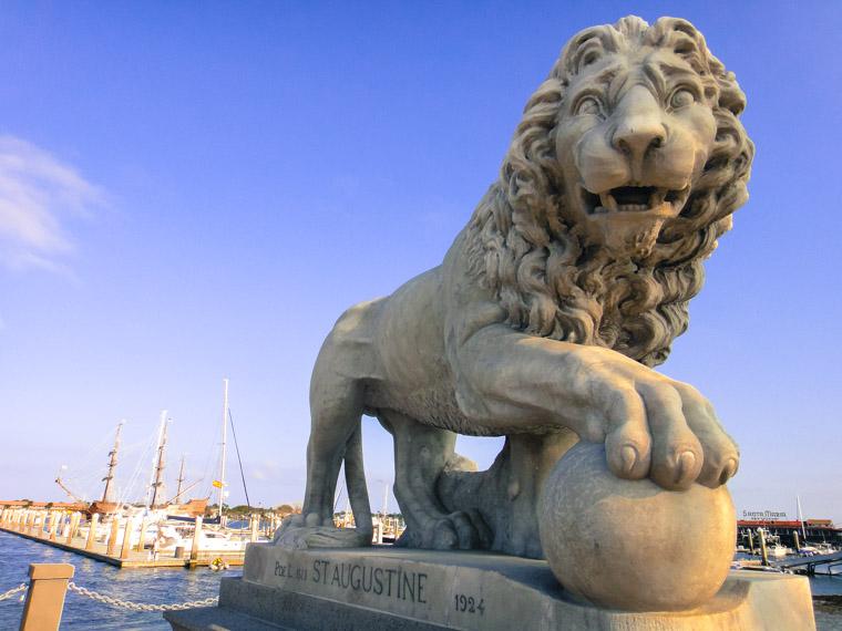 El Galeon Bridge of Lions Santa Maria Restaurant Dock Intracoastal