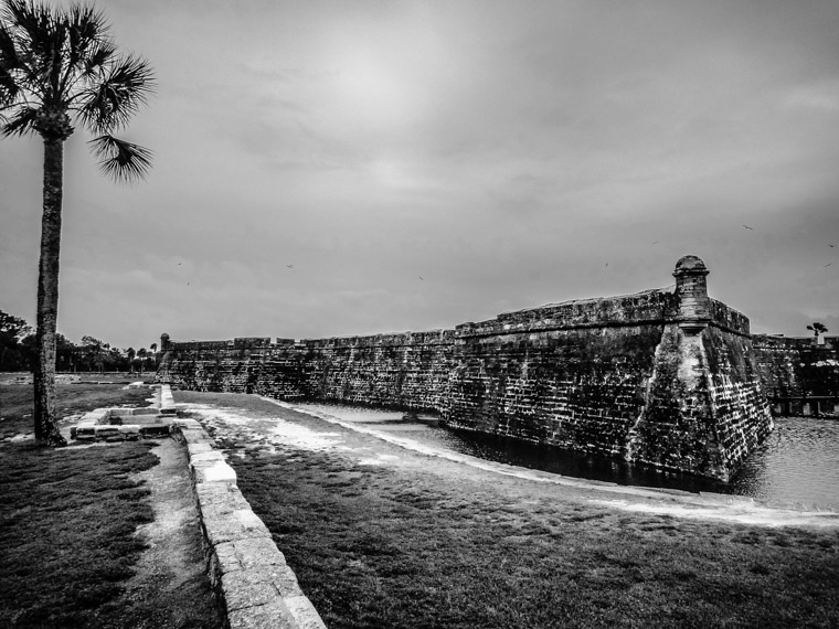Castillo de san Marcos Fort moat water storm
