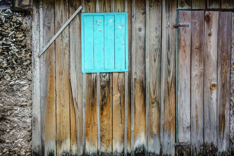 Wood and coquina wall textures