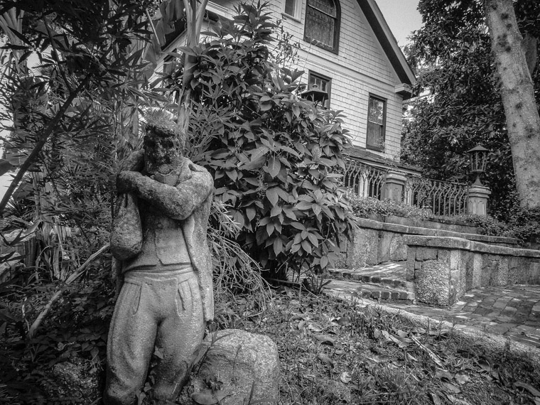 Dow Museum of Historic Houses sculpture