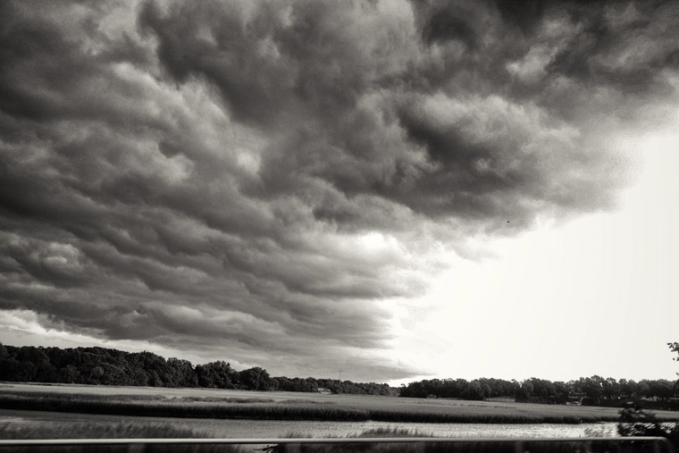 Thunderstorm rolling in over moultrie creek