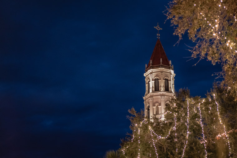 http://www.scathedral basilica church steeple night of lights