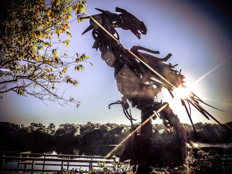 Sculpture Gary TeBrugge's Sinornis Sunrise