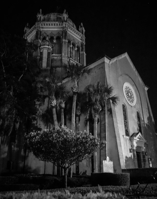 Memorial Presbyterian Church at Night