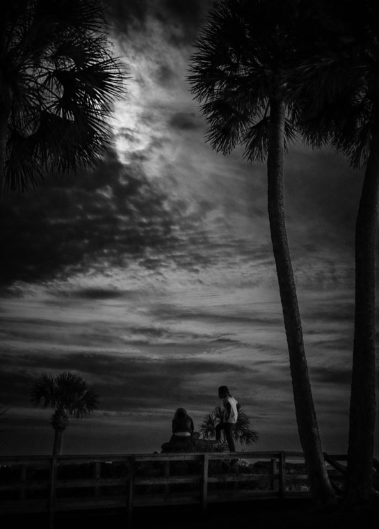 Fort moonlight couple